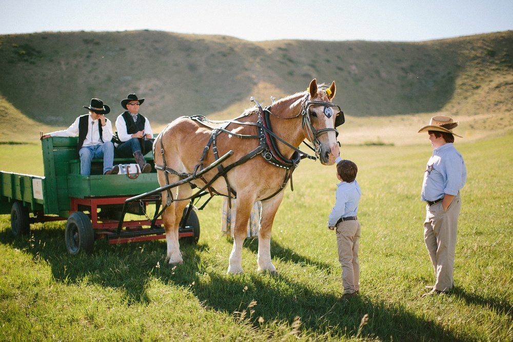 wyoming-destination-wedding-cattle-ranch-west_0033.jpg
