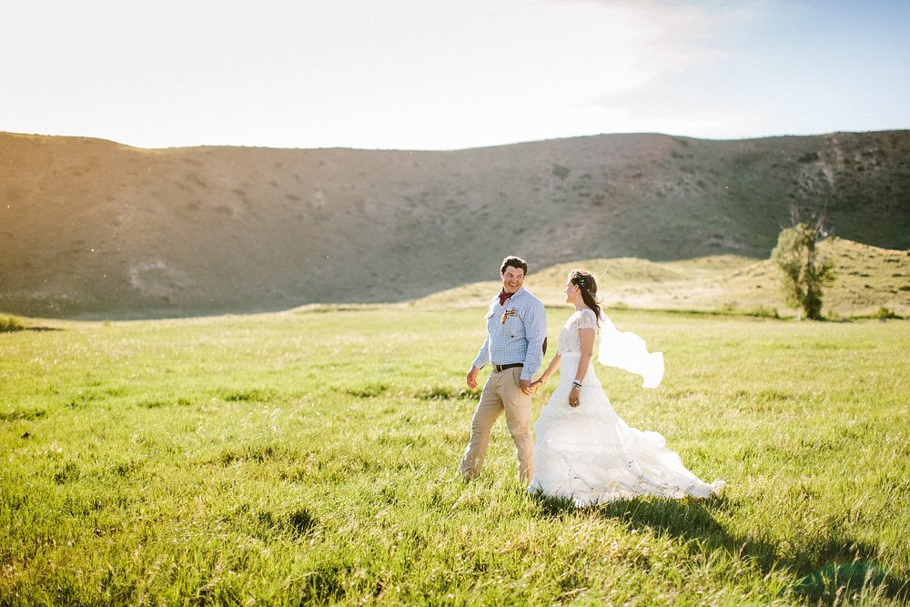 wyoming-destination-wedding-cattle-ranch-west_0053.jpg