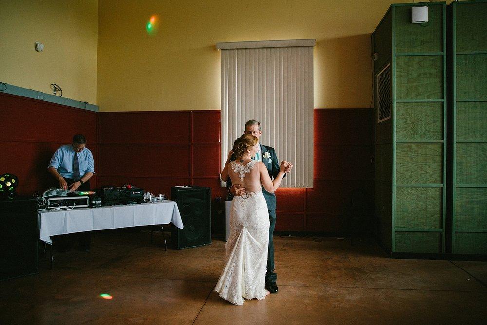 alaska-elopement-wedding-destination-photographer_0036.jpg