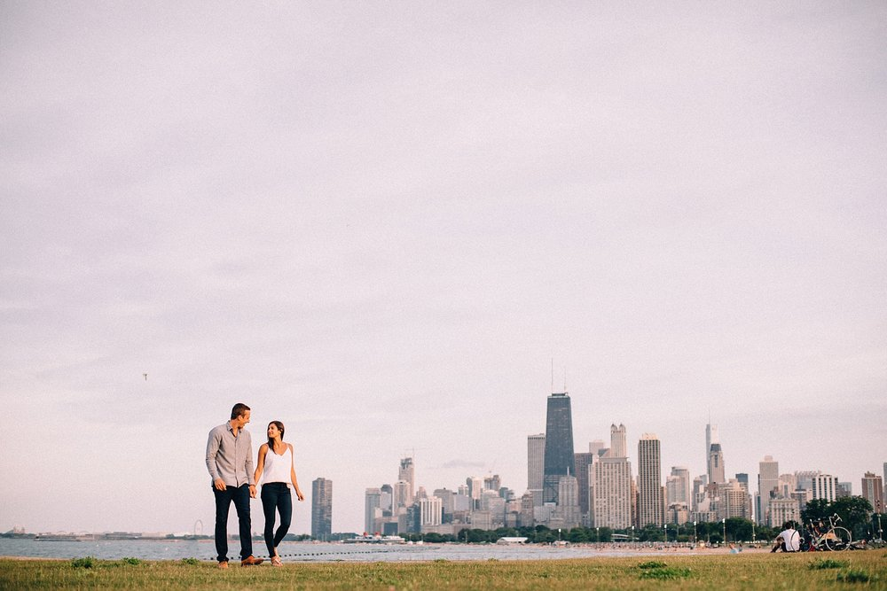 chicago-lake-view-fullerton-engagement-wedding-photography_0001.jpg