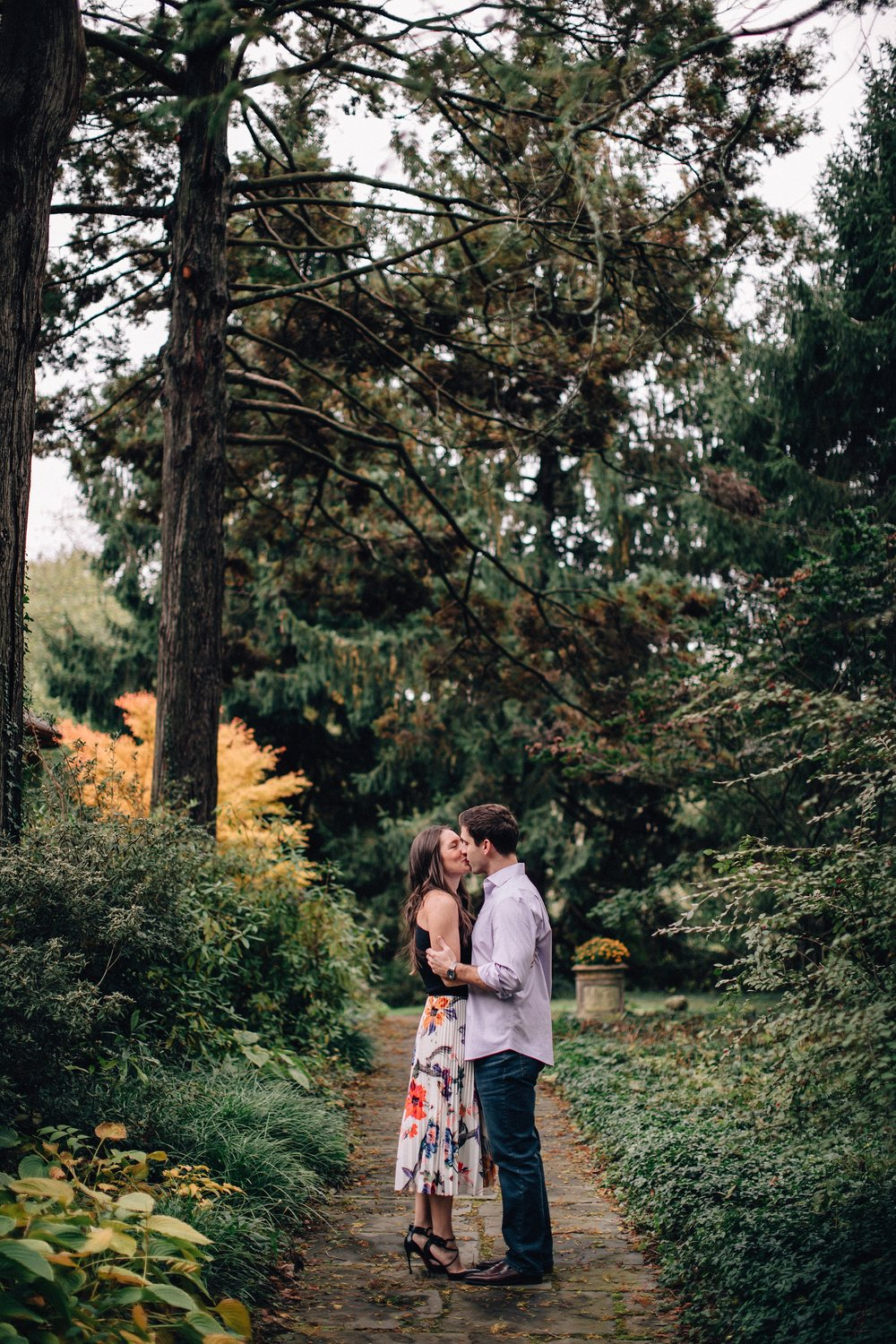 castle-fall-engagement-session-north-jersey-photographer_0001.jpg