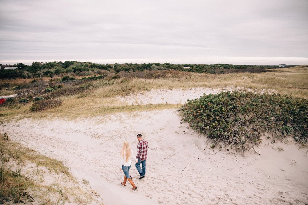 long-island-beach-engagement-session-nj-wedding-plaid-couple_0008.jpg