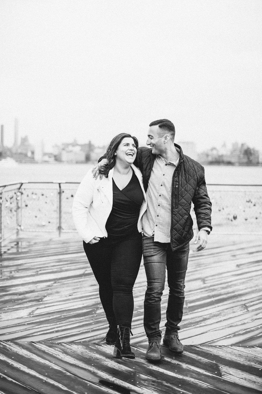hoboken-engagement-session-pilot-winter-rainy-wedding_0014.jpg