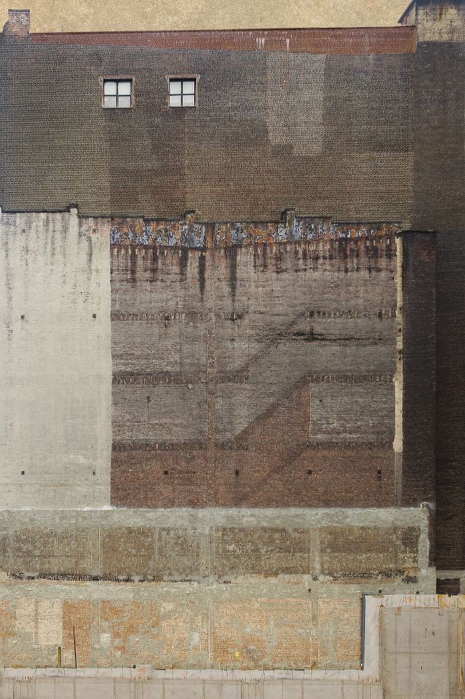"""©Marc Yankus, """"Side of Building,"""" 2013, Archival pigment print, Courtesy of the artist and ClampArt, NYC."""