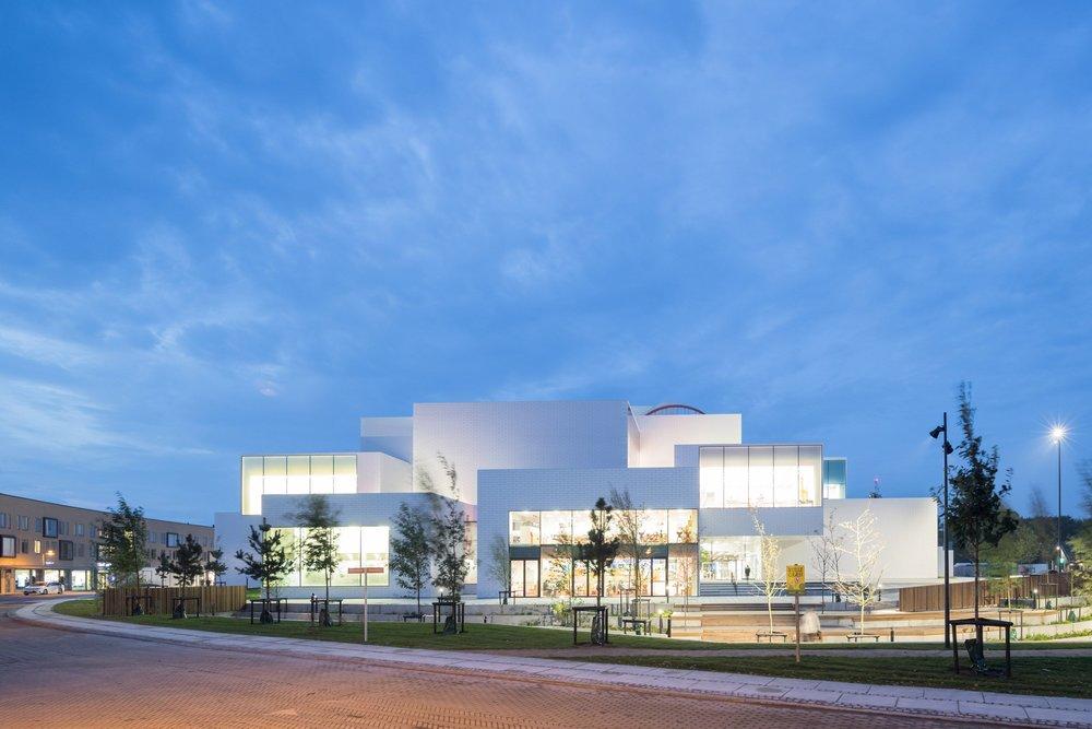 lego-house-big-photographs-iwan-baan-billund-denmark-architecture_dezeen_2364_col_14.jpg