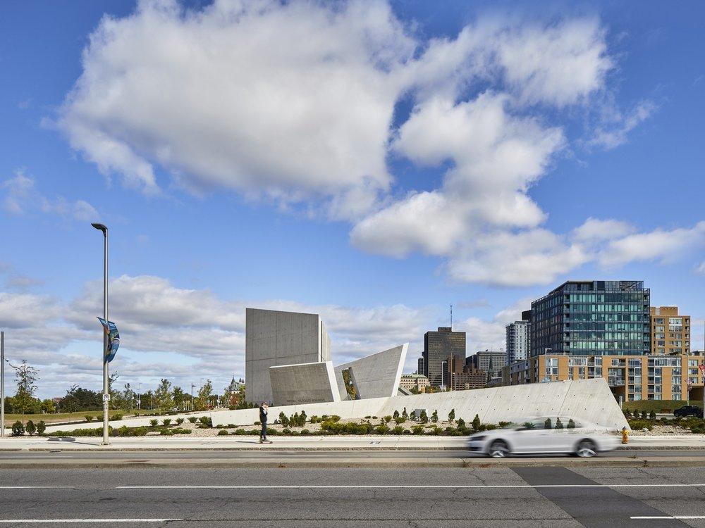 156-Libeskind_Holocaust_Monument.jpg