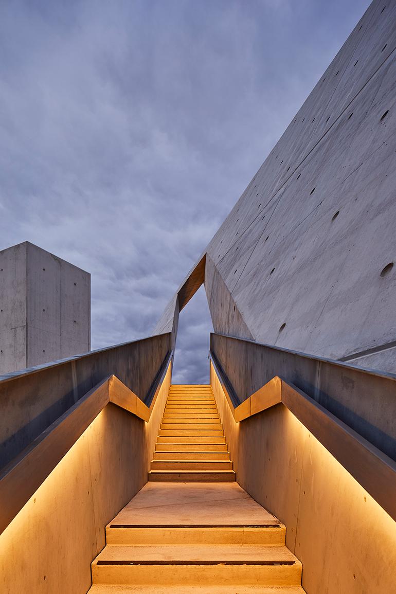 daniel-libeskind-national-holocaust-monument-ottawa-canada-09.jpg