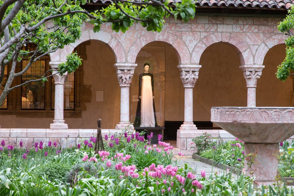 heavenly-bodies-the-met-cloisters-exhibit-new-york-city-usa_dezeen_2364_col_7-1704x1136.jpg