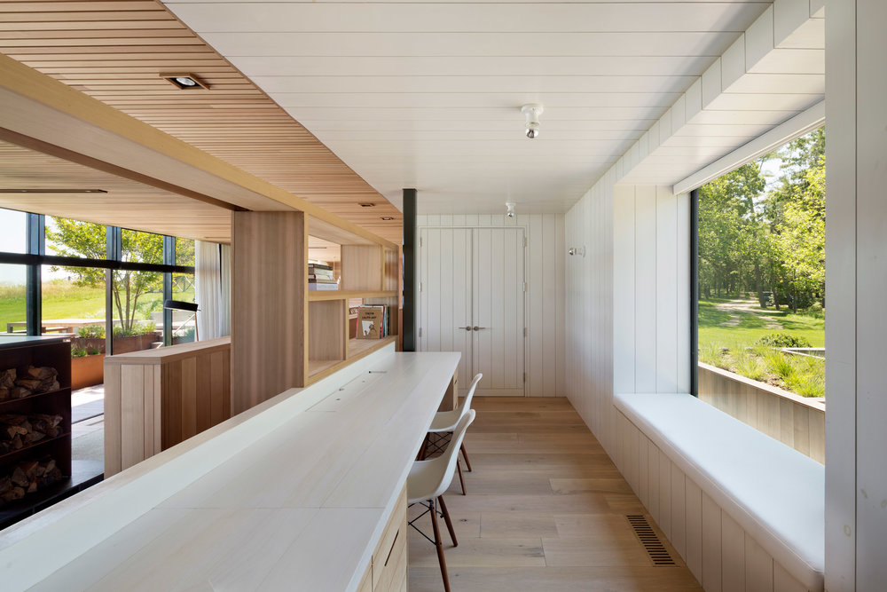 peconic-house-mapos-studio-hamptons-long-island-new-york_dezeen_2364_col_23.jpg