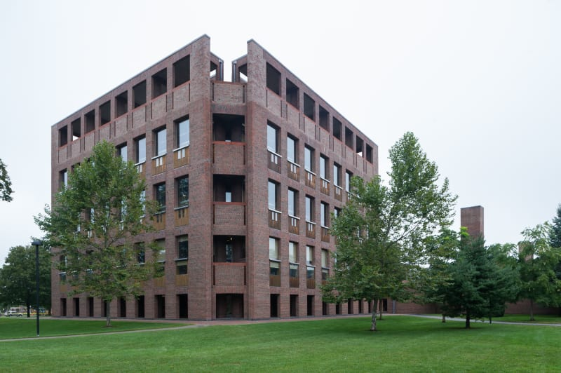louis-kahn-xavier-de-jaureguiberry-library-at-phillips-exeter-academy 10.jpg