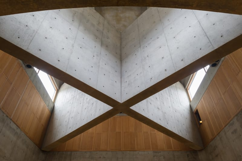 louis-kahn-xavier-de-jaureguiberry-library-at-phillips-exeter-academy 3.jpg