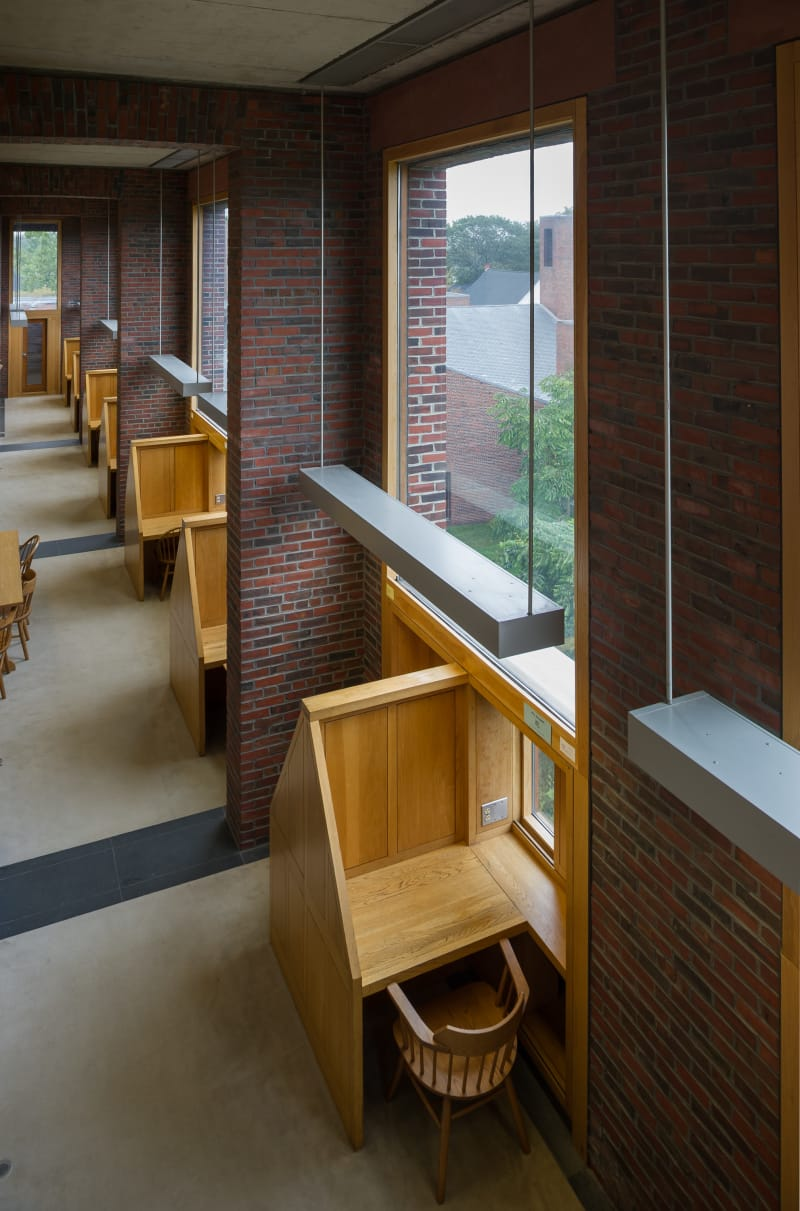 louis-kahn-xavier-de-jaureguiberry-library-at-phillips-exeter-academy 4.jpg