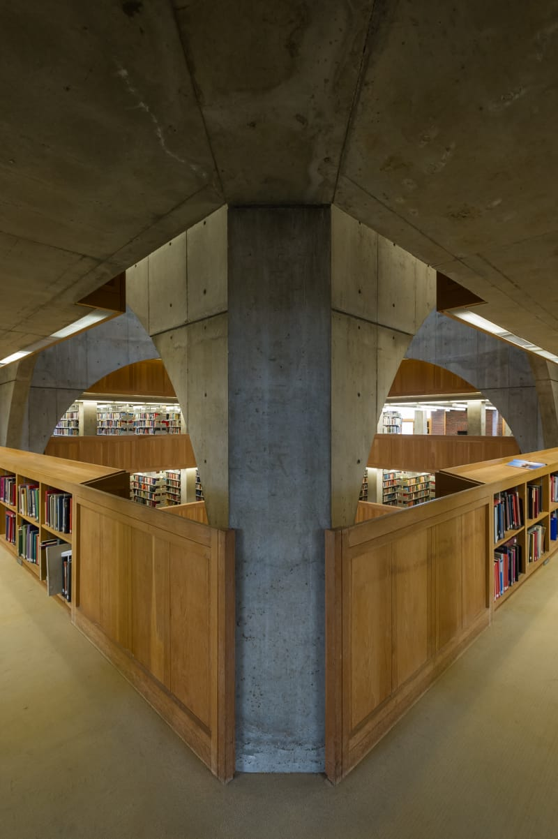 louis-kahn-xavier-de-jaureguiberry-library-at-phillips-exeter-academy 6.jpg