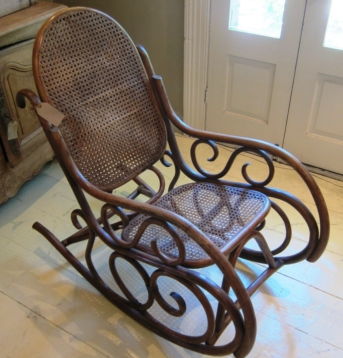 Attirant Cane Rocking Chair