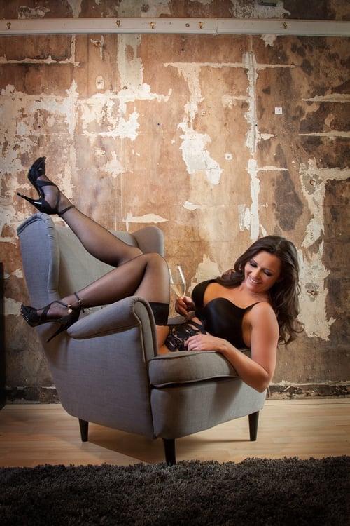 Kresta+Leigh+Portrait+Couture+utah+wedding+photographer+shoots+boudoir+in+Layton+Ut+8019163952+champagne[1].jpg