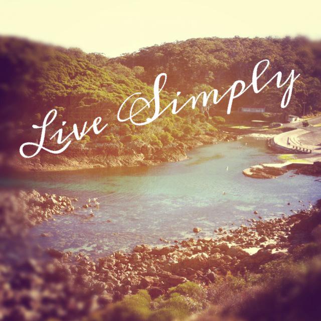 Live-Simply-Image.jpg
