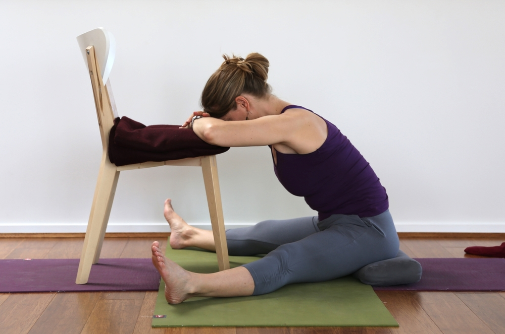 Supported seated angle fold