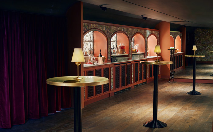 Elegant reception bar at Grace Hall London venue.