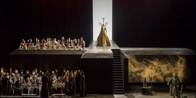 ThomasineBarnekow-ThomasineGloves-Paris-Opera-TOSCA-Puccini-5.jpg