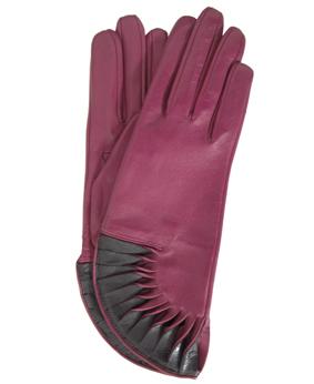 Thomasine-Gloves-PARIS-CYCLAMEN-BLACK-The-Partners-In-Crime-by-Sarvenaz-Dezvareh.jpg