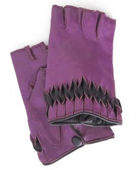 Thomasine-Gloves-MILAN mitaine VIOLET-PRUNE-The-Partners-In-Crime-by-Sarvenaz-Dezvareh.jpg