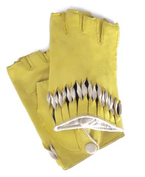 Thomasine-Gloves-MILAN mitaine YELLOW-WHITE-The-Partners-In-Crime-by-Sarvenaz-Dezvareh.jpg