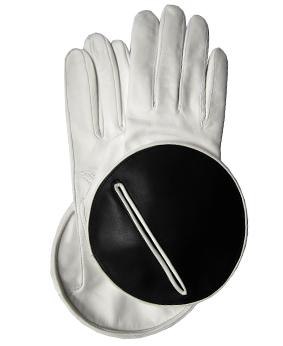 Thomasine-Gloves-MADRID calfskin WHITE-BLACK-The-Partners-In-Crime-by-Sarvenaz-Dezvareh.jpg