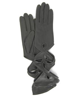 Thomasine-Gloves-NEW-YORK-glove-Plomb-The-Partners-In-Crime-by-Sarvenaz-Dezvareh.jpg