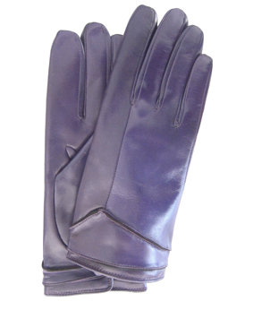 Thomasine-Gloves-HELSINKI purple-The-Partners-In-Crime-by-Sarvenaz-Dezvareh.jpg