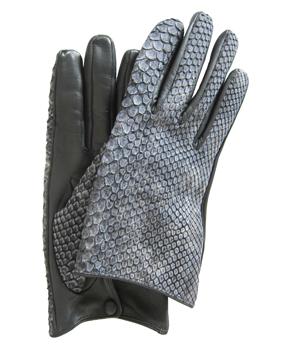 Thomasine-Gloves-ODESSA python Cloud m-The-Partners-In-Crime-by-Sarvenaz-Dezvareh.jpg