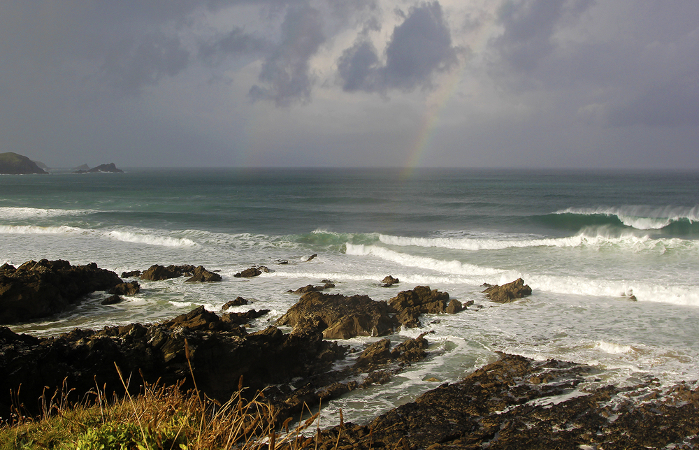 A week full of rainbows and waves !!