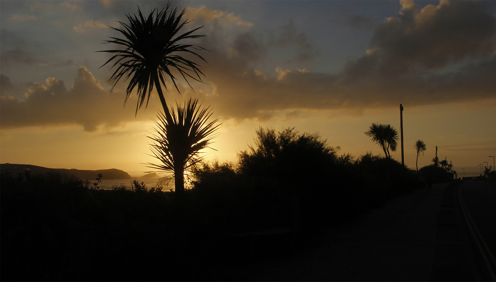 The Cornish sunsets to add up to the days !