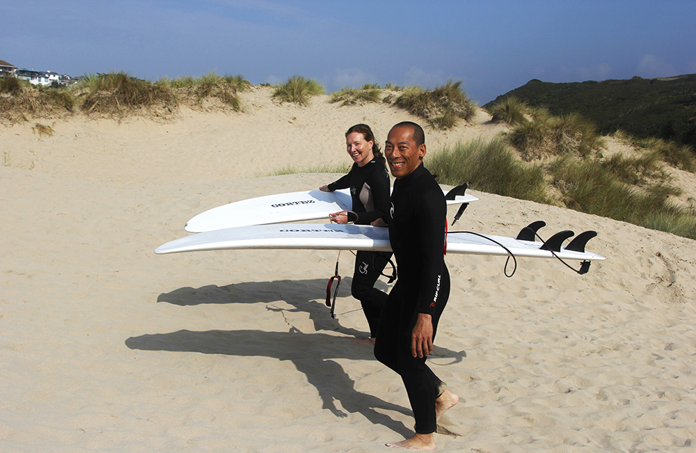 Couples Surfing