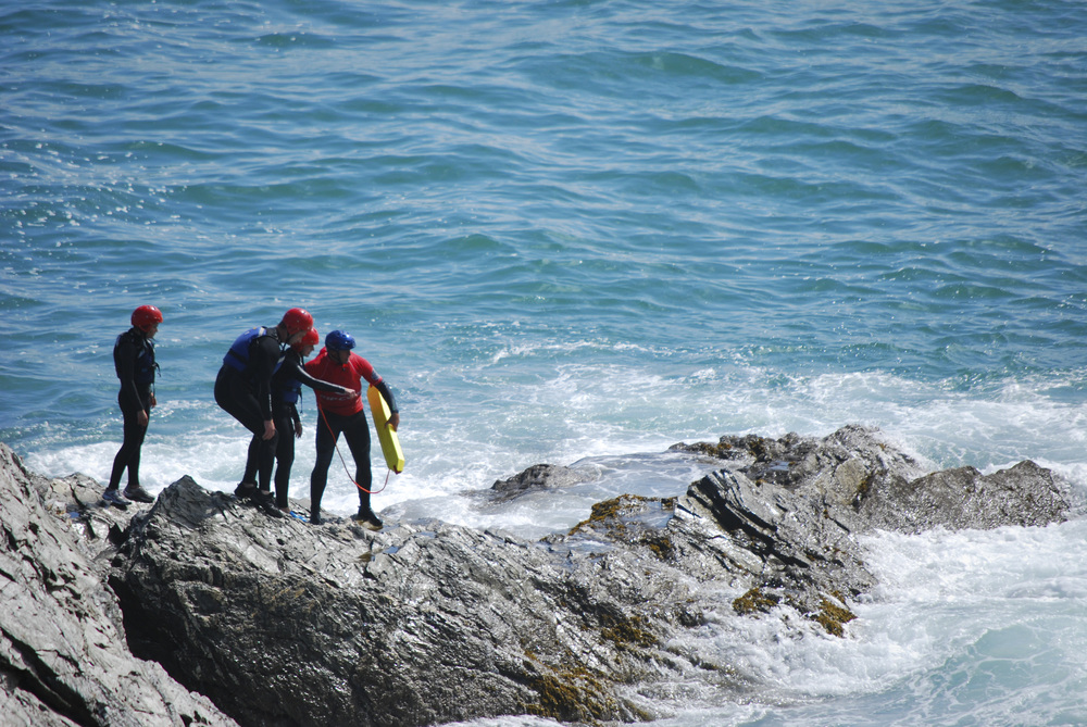 Push boundaries at your own pace with an experienced Coasteering guide in newquay cornwall