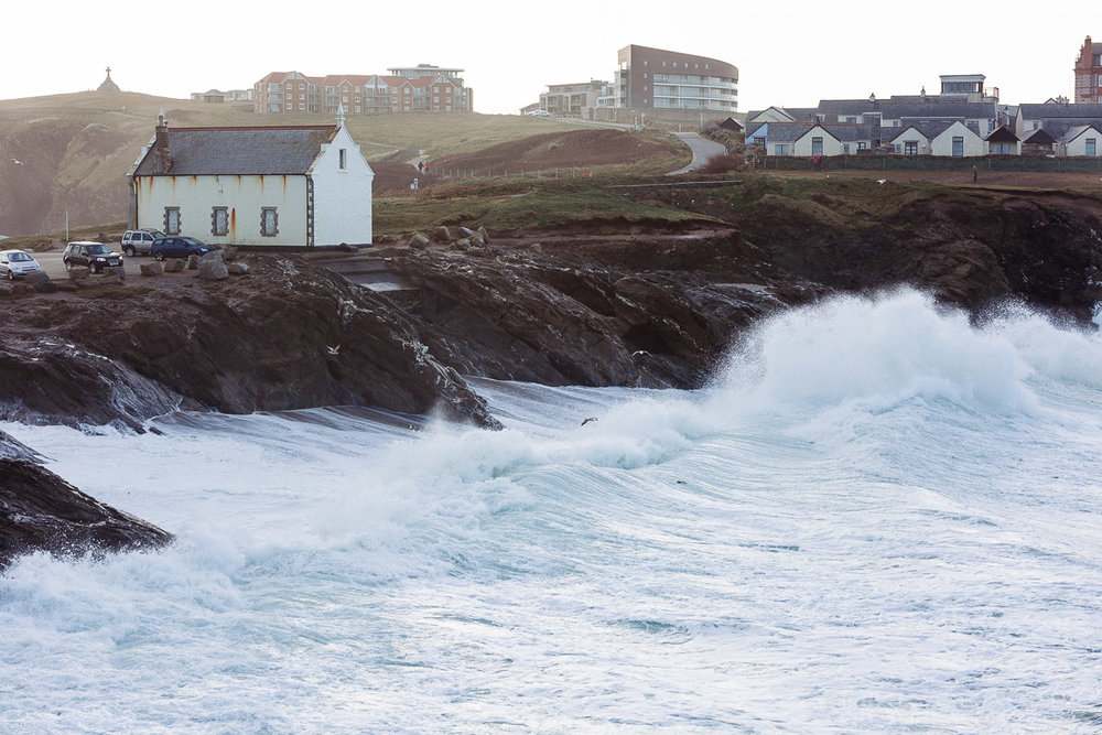 Stormy surf at little fistral beach in newquay, cornwall