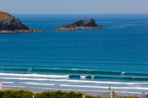 Fistral-Beach-good-swell.jpg
