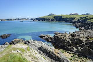 coasteeringnewquayheadland copy.jpg