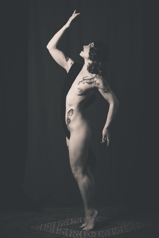 Nude - Janet Fischietto - Bassa Risoluzione-2.jpg