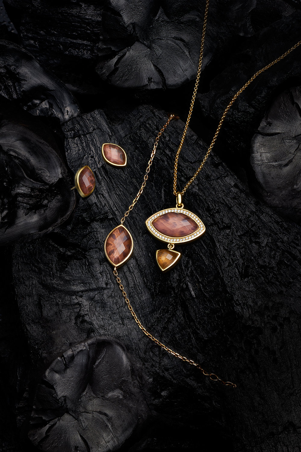 e-Jewellery-June-20174850-main.jpg