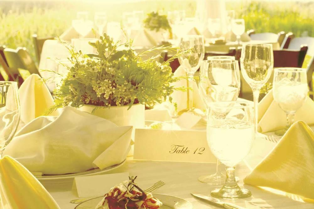 table-outside001.jpg
