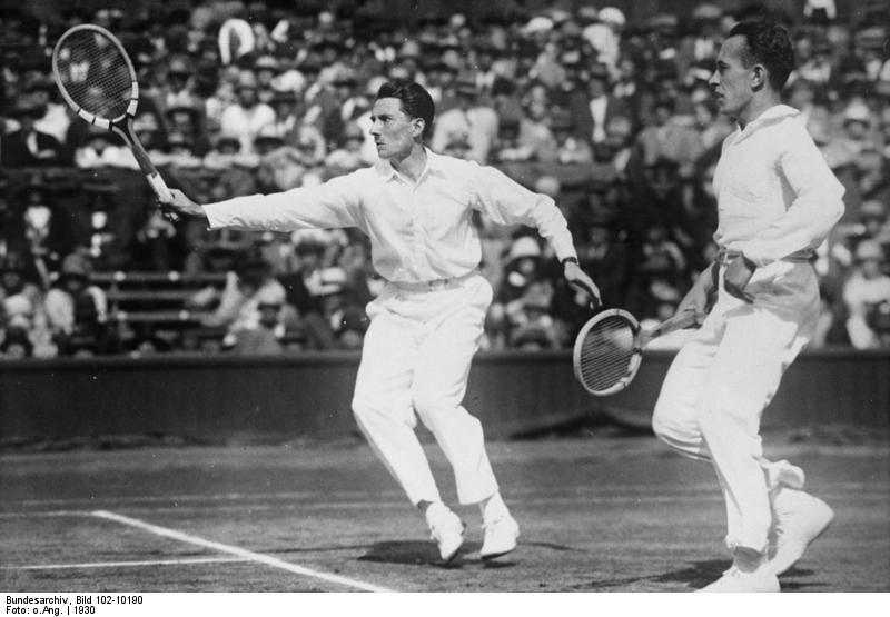 Bundesarchiv_Bild_102-10190,_Wimbledon,_Tennisturnier.jpg