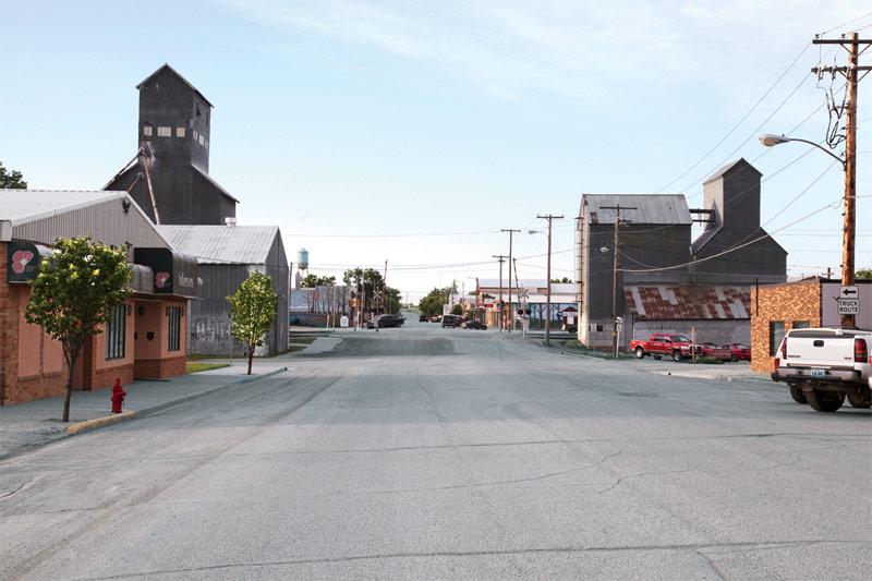 Photo of a street in Tioga, North Dakota