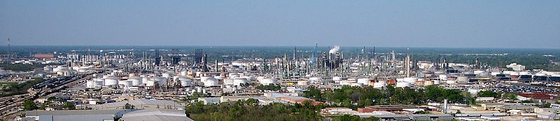 ExxonMobil oil refinery in Baton Rouge, Louisiana, By Adbar (Own work) [CC BY-SA 3.0 (http://creativecommons.org/licenses/by-sa/3.0)], via Wikimedia Commons