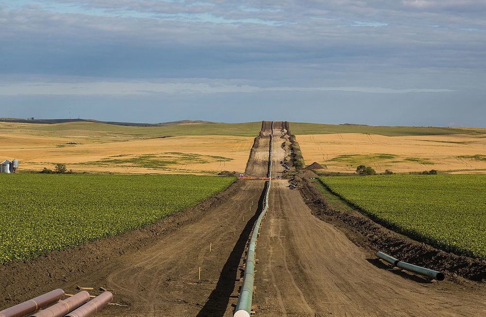 Dakota Access Oil Pipeline, by Tony Webster from Minneapolis, Minnesota - BY-SA 2.0, https://commons.wikimedia.org/w/index.php?curid=54799766