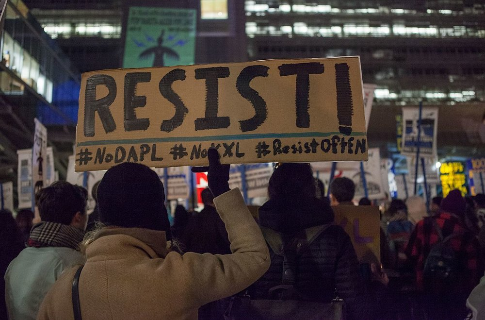 January 26, 2017 - Protesters against the Dakota Access Pipeline and Keystone XL Pipeline demonstrate outside the San Francisco Federal Building. Pax Ahimsa Gethen - Own work, CC BY-SA 4.0.