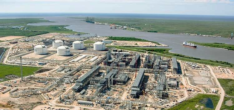 Sabine Pass LNG Terminal along the Sabine Pass River on the border between Texas and Louisiana ( Cheniere Energy )