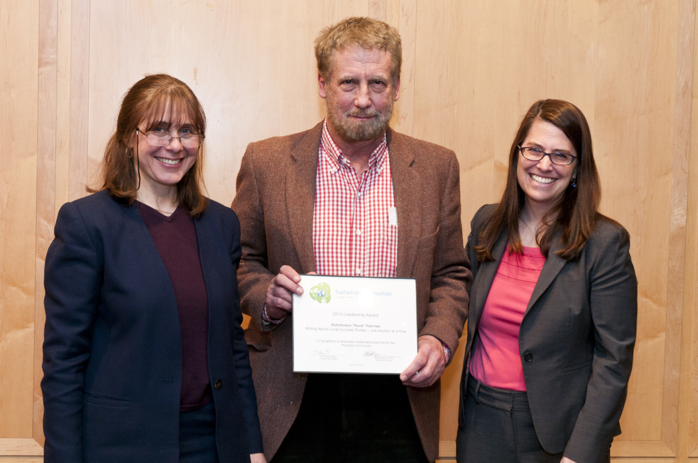 Huck Fairman (center) accepting award with Sustainable Princeton Vice-Chair, Heidi Fichtenbaum (left) and Mayor Liz Lempert (right). Photo by Cyndi Shattuck.