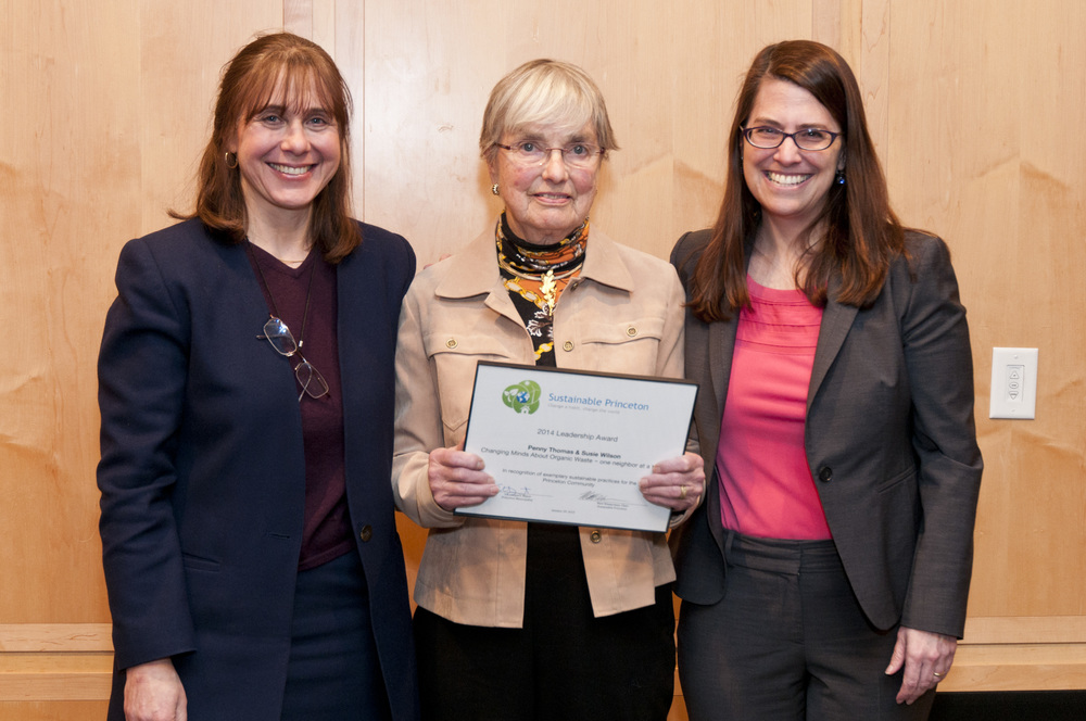 Penny Thomas accepting award for herself and Susie Wilson with Sustainable Princeton Vice-Chair , Heidi Fichtenbaum and Mayor Liz Lempert. Photo by Cyndi Shattuck.