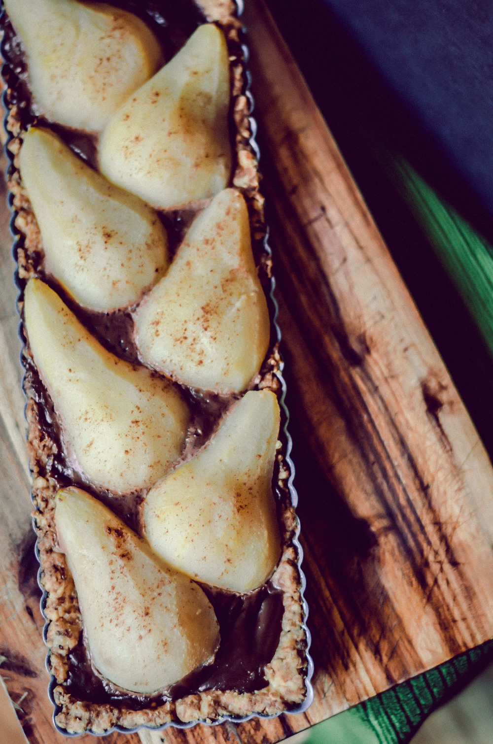 poached pear & nutella tart