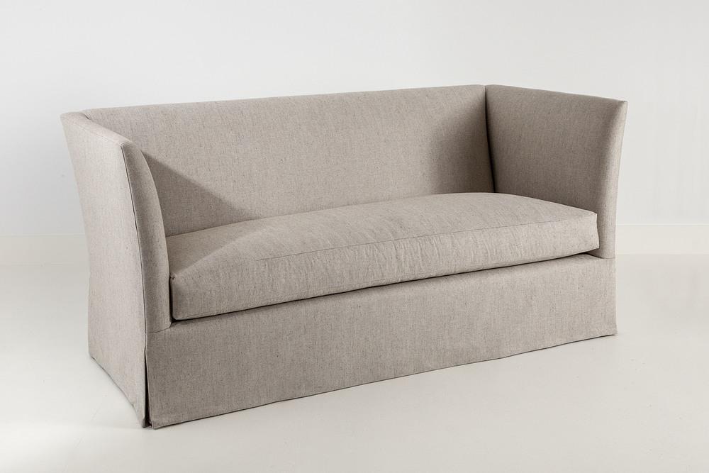 Sofa 3b.jpg